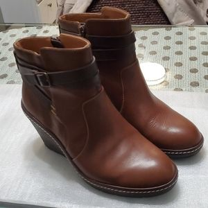 Sofft wedge ankle boots